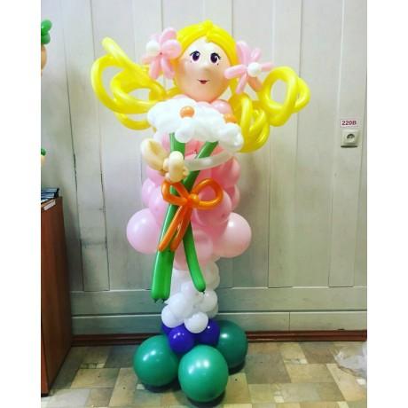 Кукла с цветами